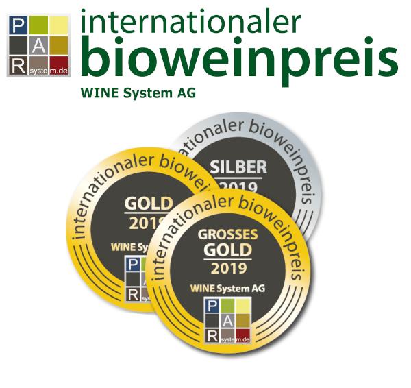 Logo des Internationalen Bioweinpreis mit Medaillen